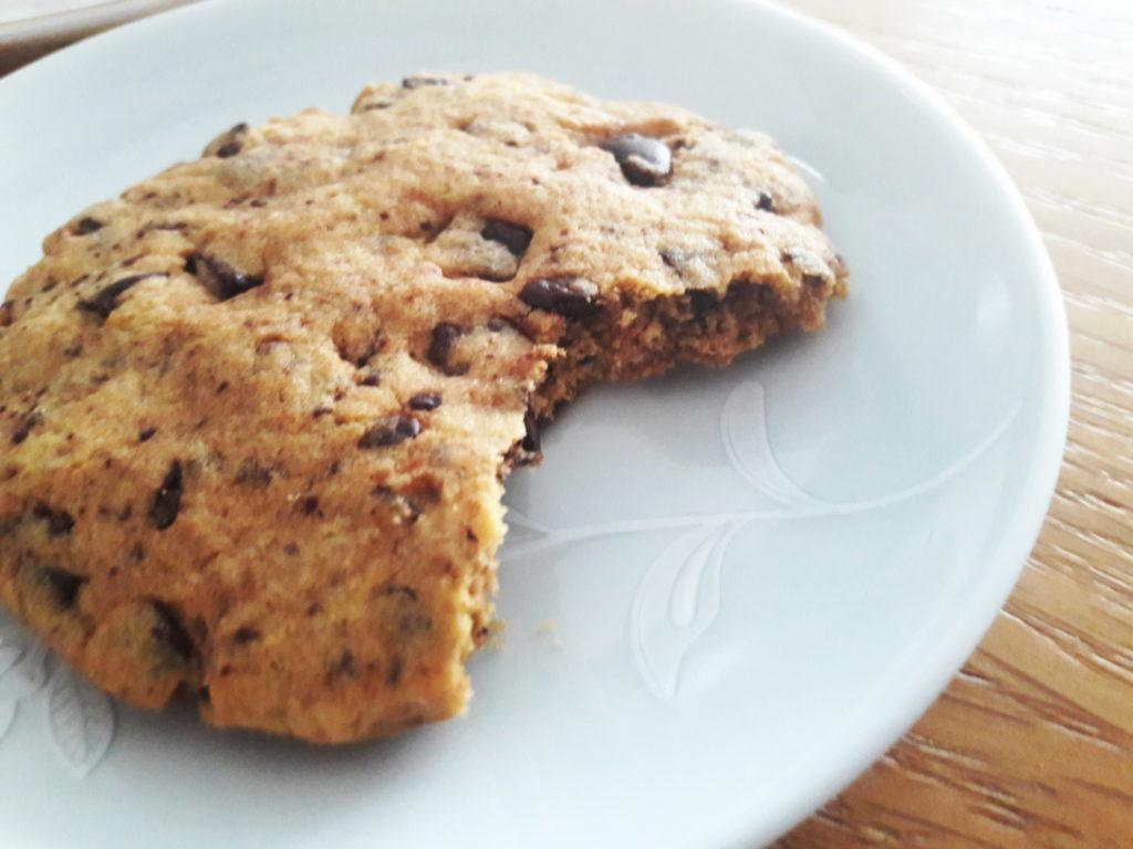 20190424 140653 1 1024x768 Kruche ciasteczka z czekoladą typu American cookies