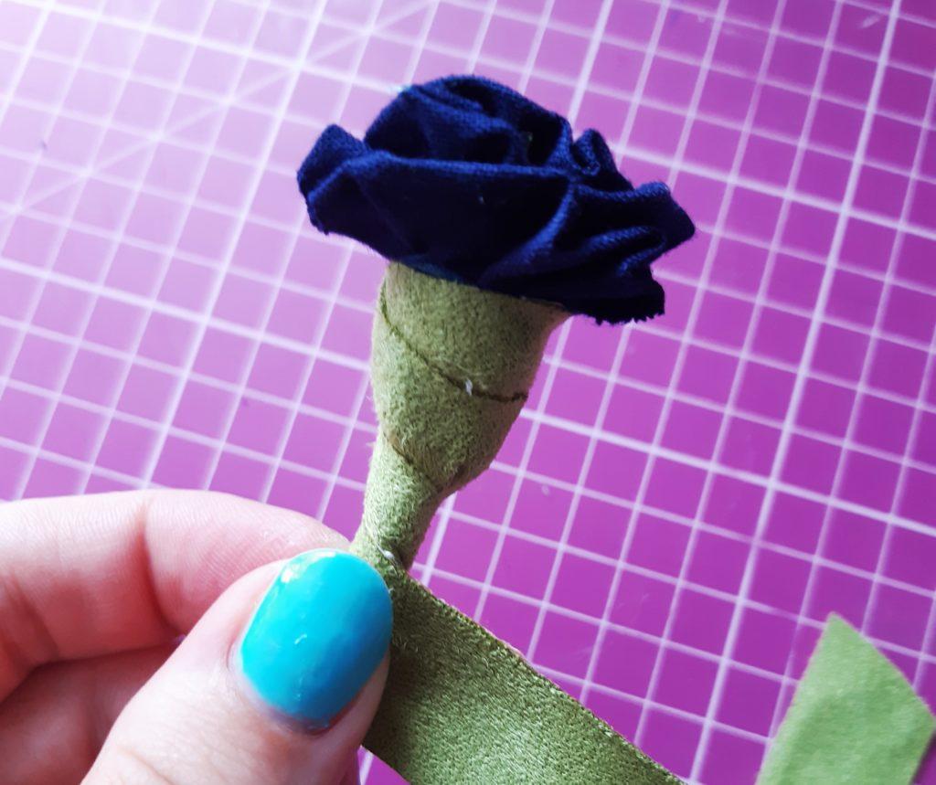 20190709 140020 1024x859 DIY Kwiatki z materiału