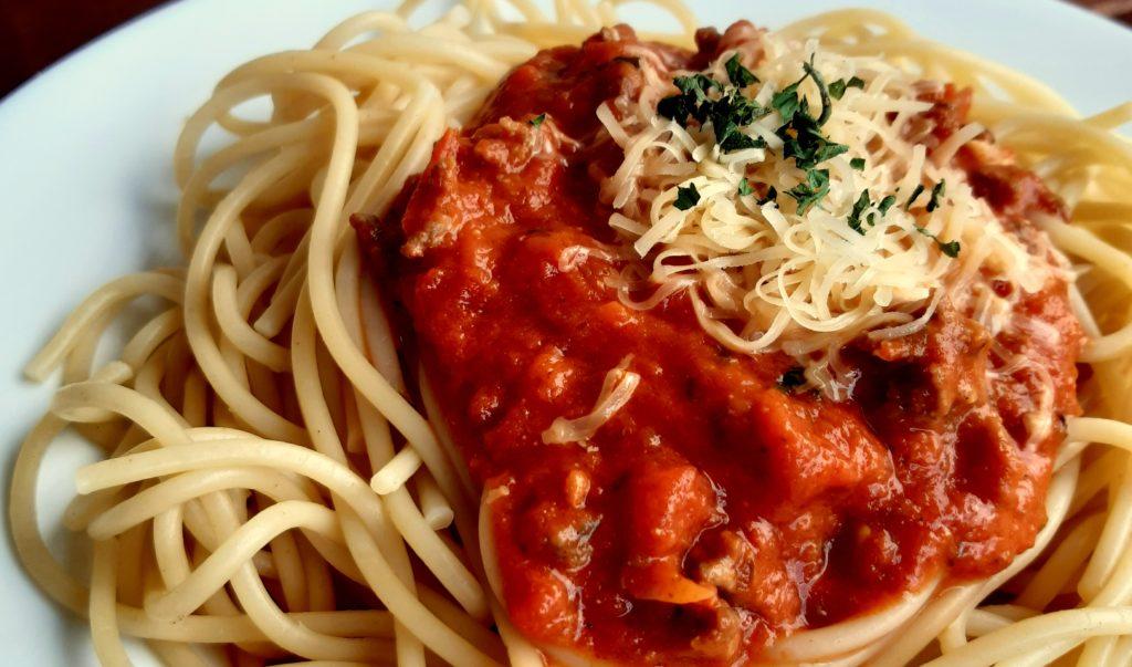 20190814 172342 1024x603 Domowe spaghetti z sosem bolognese. Przepis