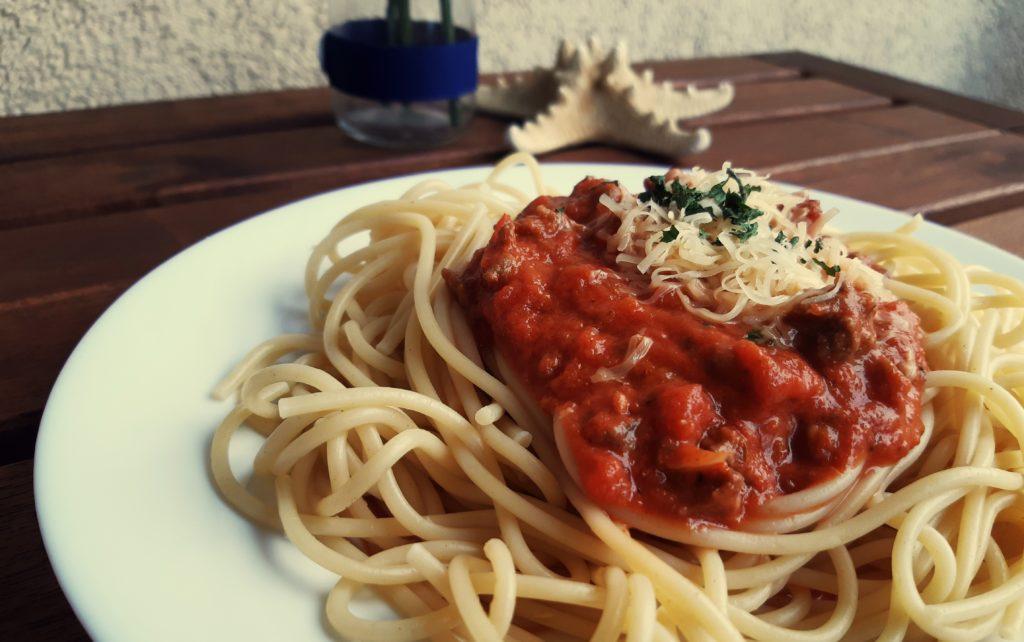 20190814 172348 1024x642 Domowe spaghetti z sosem bolognese. Przepis