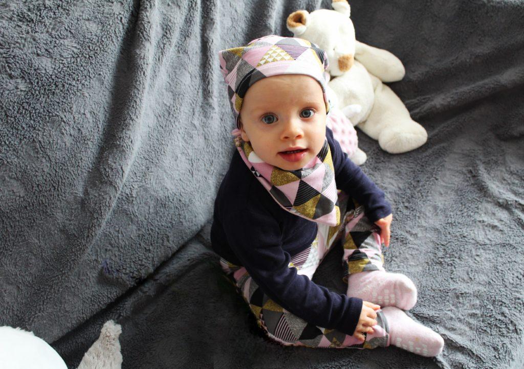 IMG 44144 1 1024x722 Bez gotowego wykroju   czyli intuicyjne szycie kompletu dziecięcego