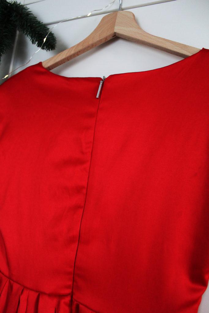 IMG 4556 683x1024 Pierwsza sukienka dla siebie uszyta! Czerwona i rozkloszowana