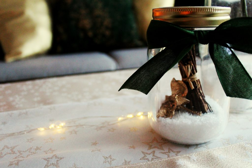 %name Świąteczny home decor    butelkowa zieleń i złoto