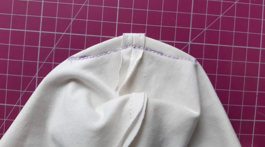 16 1024x566 Jak uszyć czapkę dla dziecka / niemowlęcia? Dwa rodzaje na kilka sposobów.