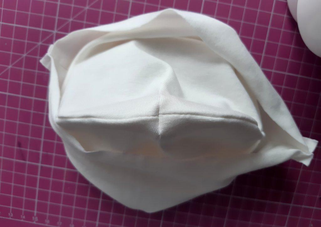 18 1024x724 Jak uszyć czapkę dla dziecka / niemowlęcia? Dwa rodzaje na kilka sposobów.