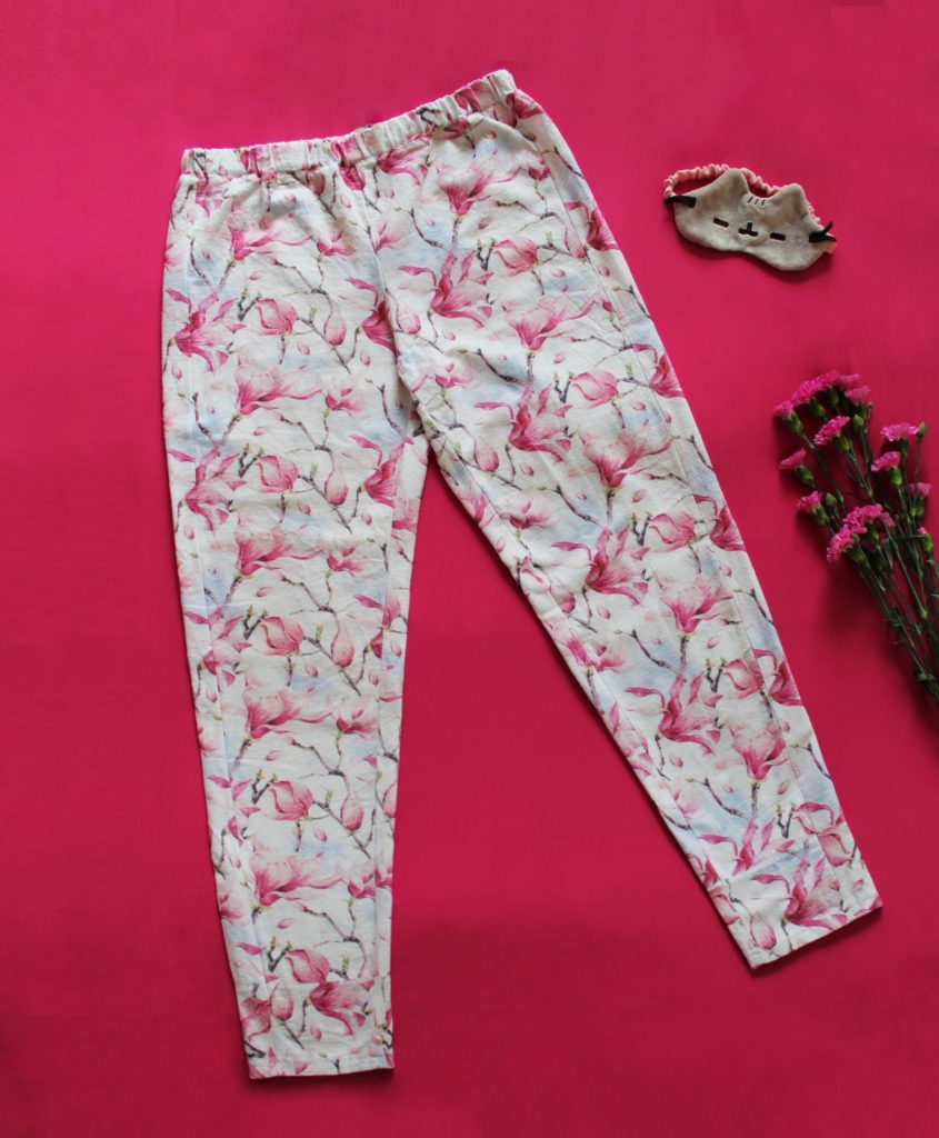 IMG 5187 845x1024 Klasyczna piżama z długim rękawem. Szycie zza kulis