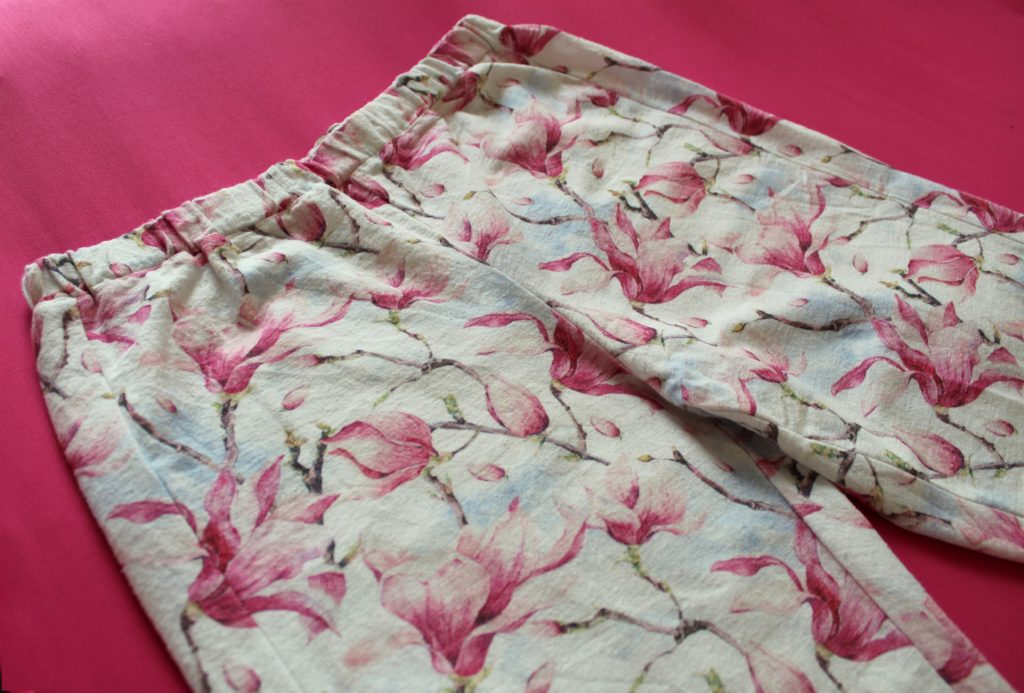 IMG 5193 1024x693 Klasyczna piżama z długim rękawem. Szycie zza kulis