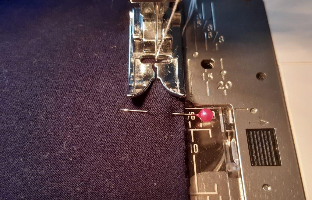 10 4608x2967 1 1024x659 Jak uszyć rękawy z materiałem wewnętrznym? Na przykładzie codziennej sukienki typu oversize   wykrój własny.