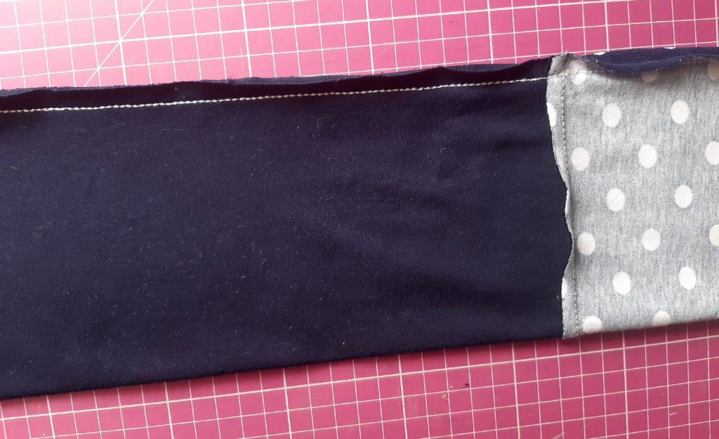 12 4608x2811 1 1024x625 Jak uszyć rękawy z materiałem wewnętrznym? Na przykładzie codziennej sukienki typu oversize   wykrój własny.