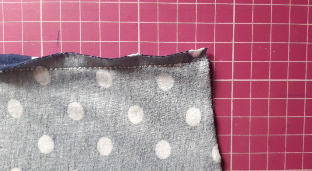 15 3970x2179 1 1024x562 Jak uszyć rękawy z materiałem wewnętrznym? Na przykładzie codziennej sukienki typu oversize   wykrój własny.
