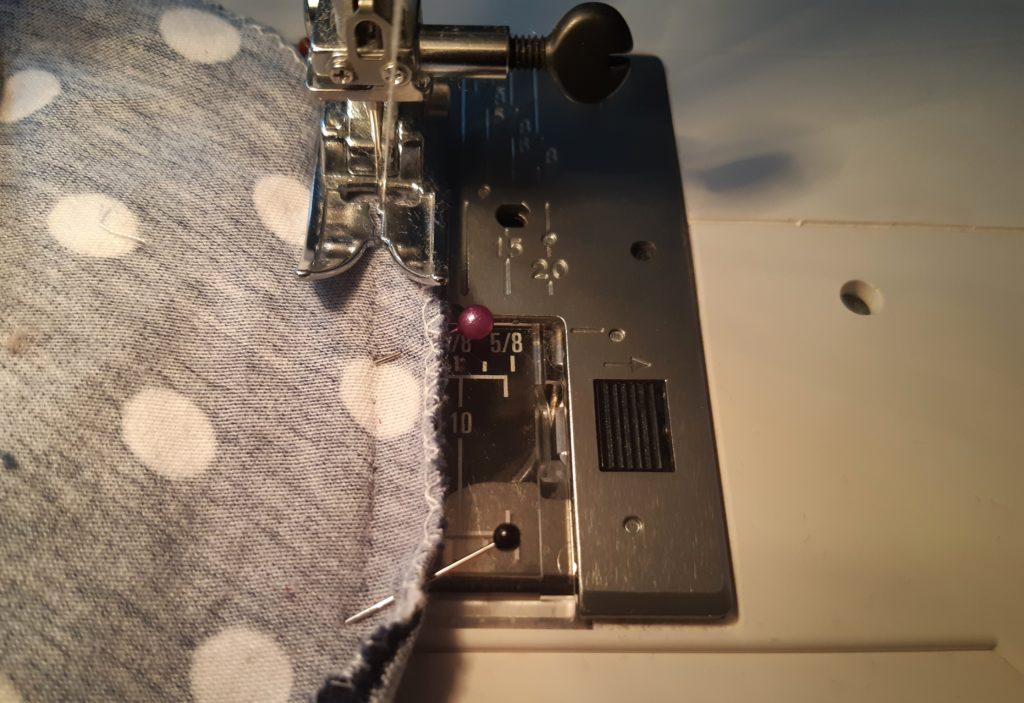 20 4282x2940 1 1024x703 Jak uszyć rękawy z materiałem wewnętrznym? Na przykładzie codziennej sukienki typu oversize   wykrój własny.