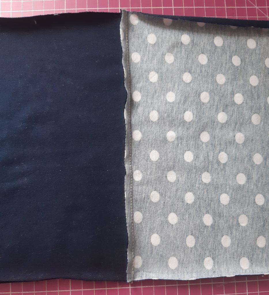 3 3456x3793 1 933x1024 Jak uszyć rękawy z materiałem wewnętrznym? Na przykładzie codziennej sukienki typu oversize   wykrój własny.