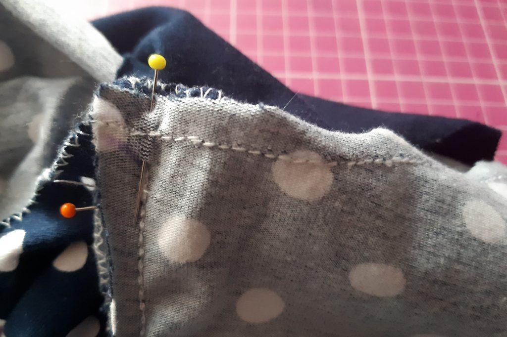 30 4180x2784 1 1024x682 Jak uszyć rękawy z materiałem wewnętrznym? Na przykładzie codziennej sukienki typu oversize   wykrój własny.