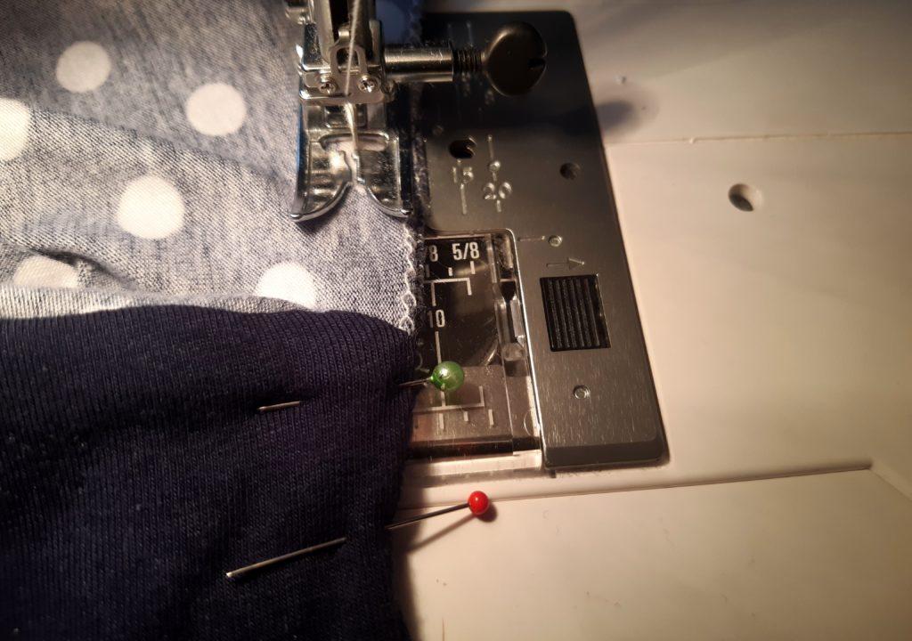 40 4608x3239 1 1024x720 Jak uszyć rękawy z materiałem wewnętrznym? Na przykładzie codziennej sukienki typu oversize   wykrój własny.