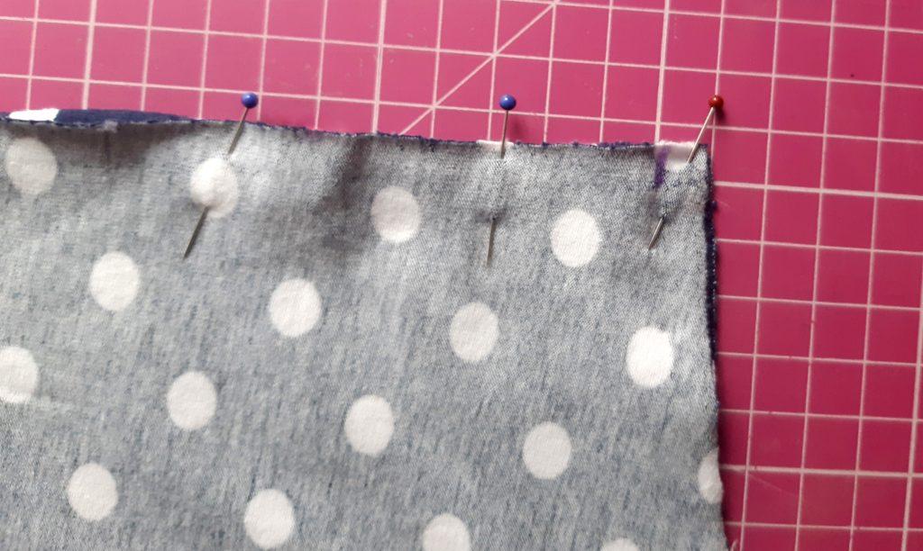 7 4011x2397 1 1024x612 Jak uszyć rękawy z materiałem wewnętrznym? Na przykładzie codziennej sukienki typu oversize   wykrój własny.