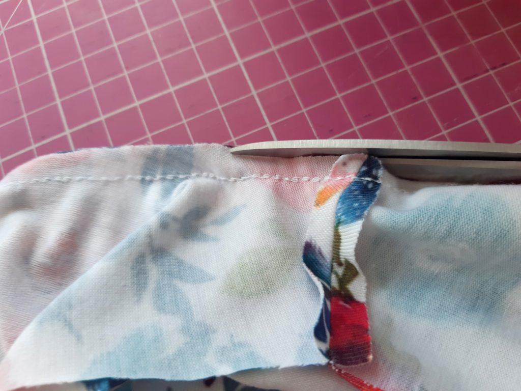 20 4608x3456 1 1024x768 Jak uszyć prostą sukienkę dla dziewczynki   TUTORIAL