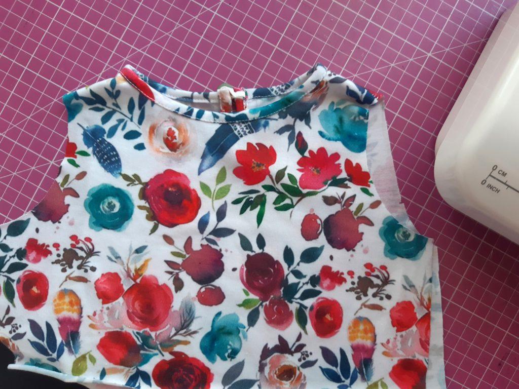 49 4608x3456 1 1024x768 Jak uszyć prostą sukienkę dla dziewczynki   TUTORIAL