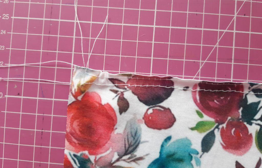 7 1024x658 Jak uszyć prostą sukienkę dla dziewczynki   TUTORIAL